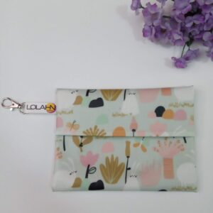Bolsa neceser funda porta mascarilla impermeable hidrofugo facil desinfectar hecho mano españa made in spain taller confeccion madrid Lolahn Handmade -Bunnies